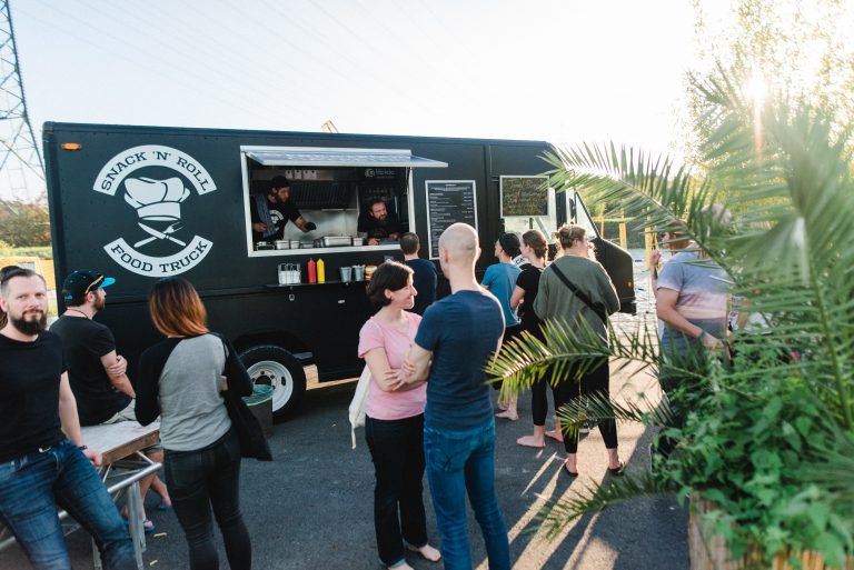 Snack n Roll Foodtruck auf dem 2. Travel Festival